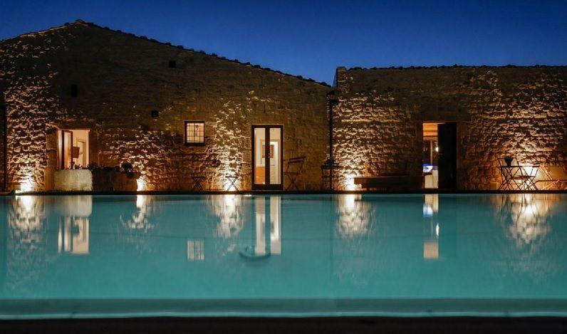Le migliori nuove idee di design per la costruzione di piscine